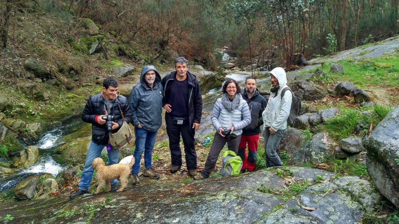 «No le digan a nadie que este es el lugar más feliz del mundo».Entre los residuos recuperados entre Oia y A Guarda, se encontraron aparejos de pesca.
