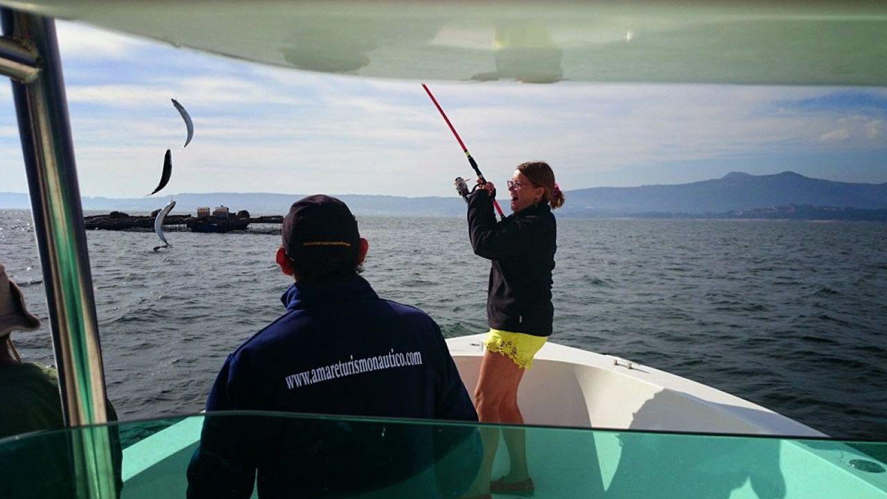 En sus excursiones, Amare Turismo enseña a pescar