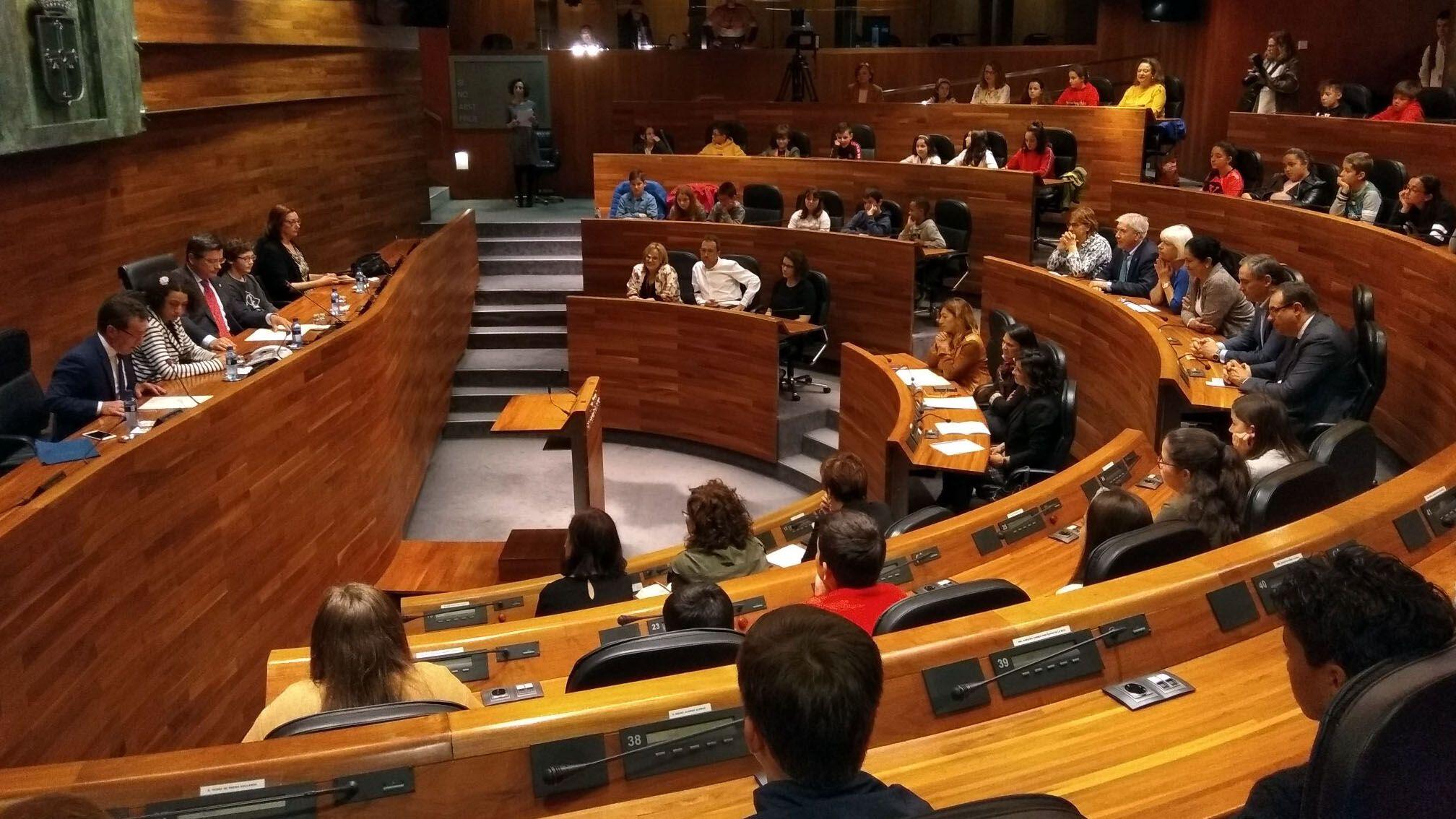 Actu institucional de la 40 Selmana de les Lletres, celebráu na Xunta Xeneral