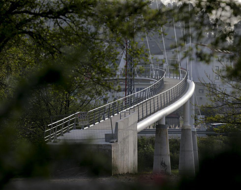 La pasarela peatonal de Sabón tendrá un parque a cada lado.