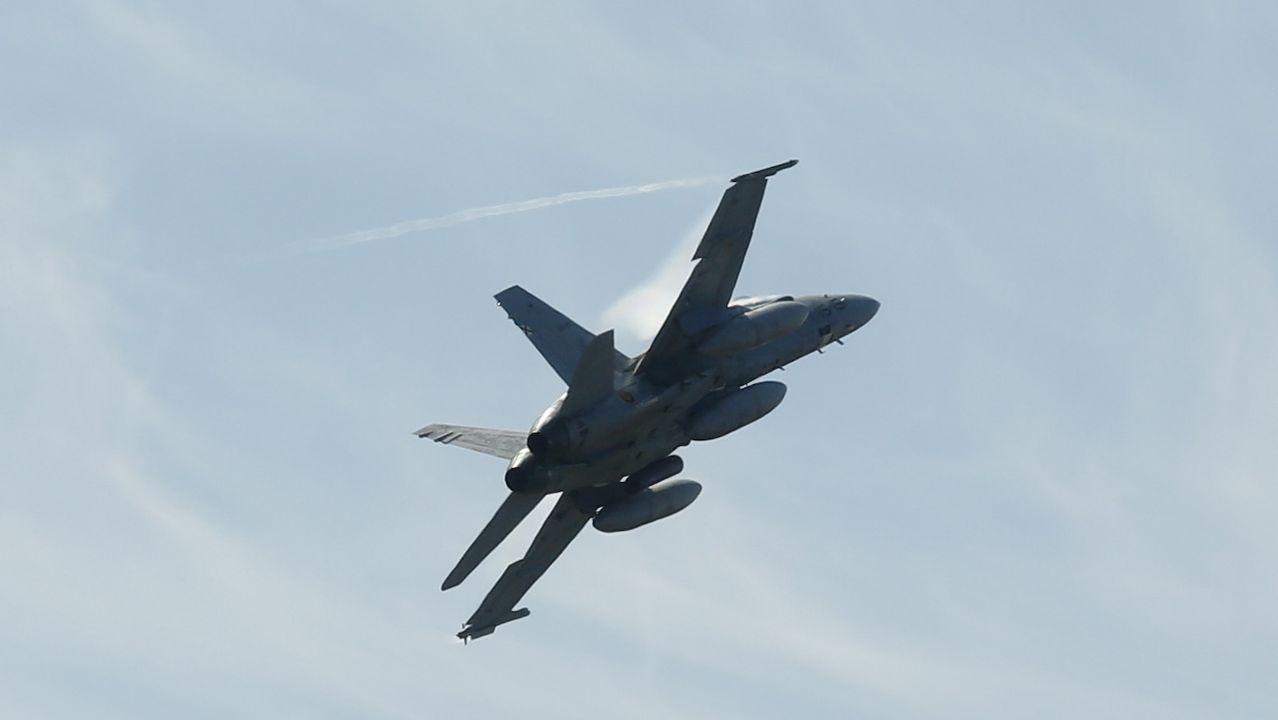 Pasada de los caza Eurofighters sobre Ferrol
