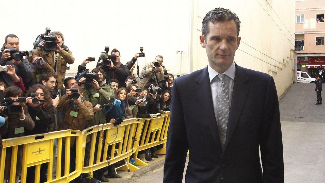 La pareja, a la entrada del museo Dalí en Figueres.Urdangarin, a su llegada a los juzgados de Palma en febrero del año 2012 para declara como imputado ante el juez del caso Palma Arena, José Castro