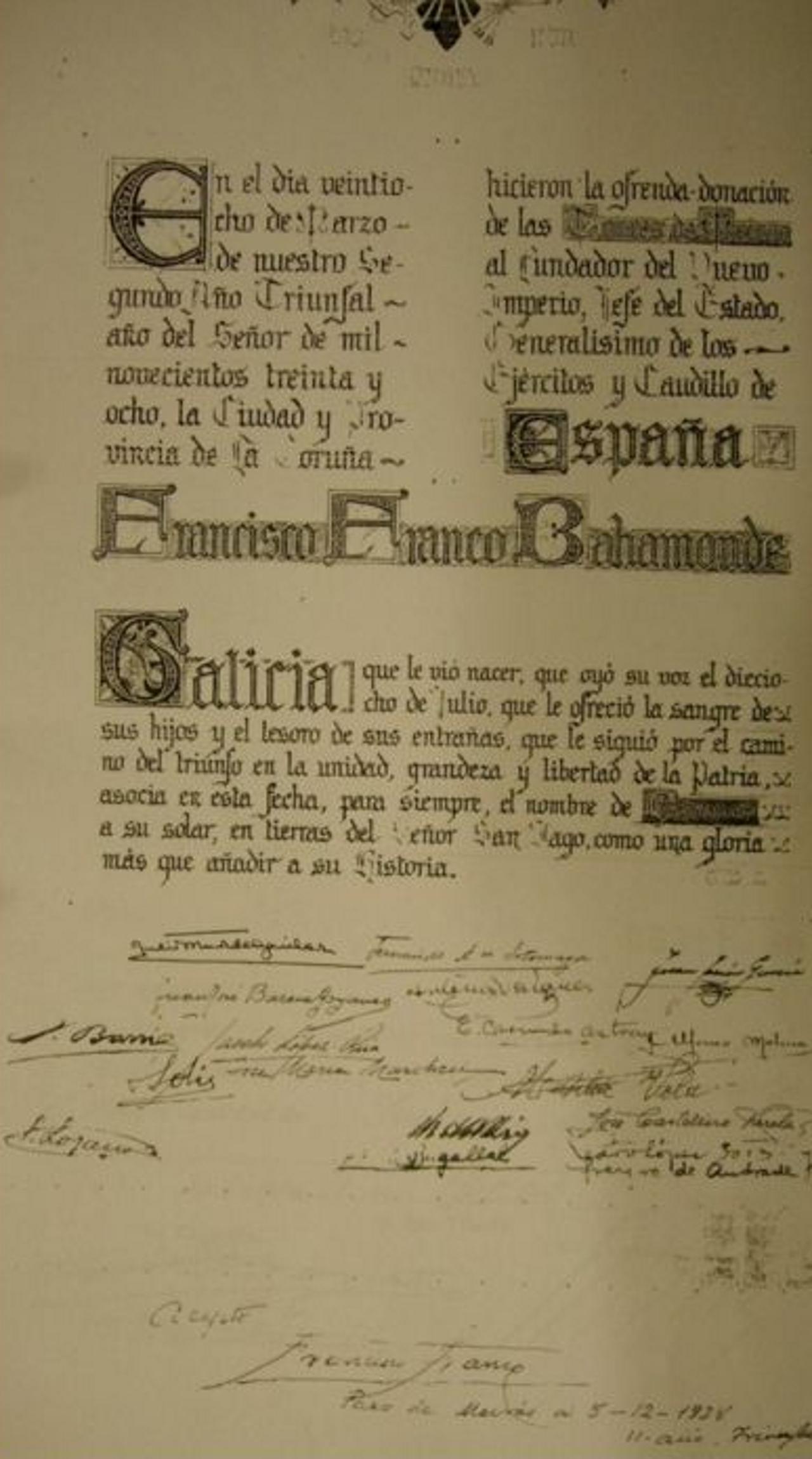 Pergamino de entrega de las Torres de Meirás al dictador, con fecha del 28 de marzo de 1938 y firmado por Franco en diciembre del mismo año