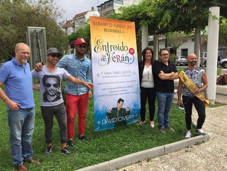 ...Organizadores y algunos artistas del festival de Redondela