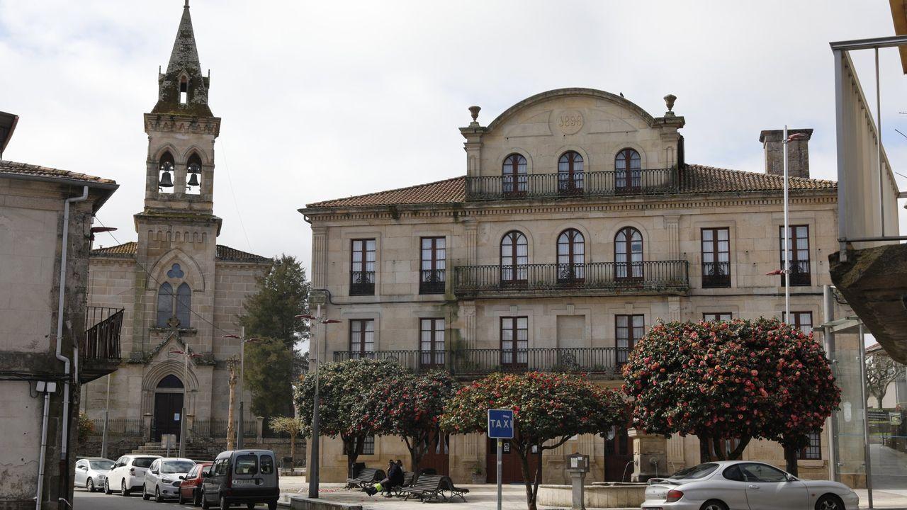 Así es fácil refrescarse en la provincia de Ourense.En el cribado de O Carballiño se detectaron 15 casos positivos