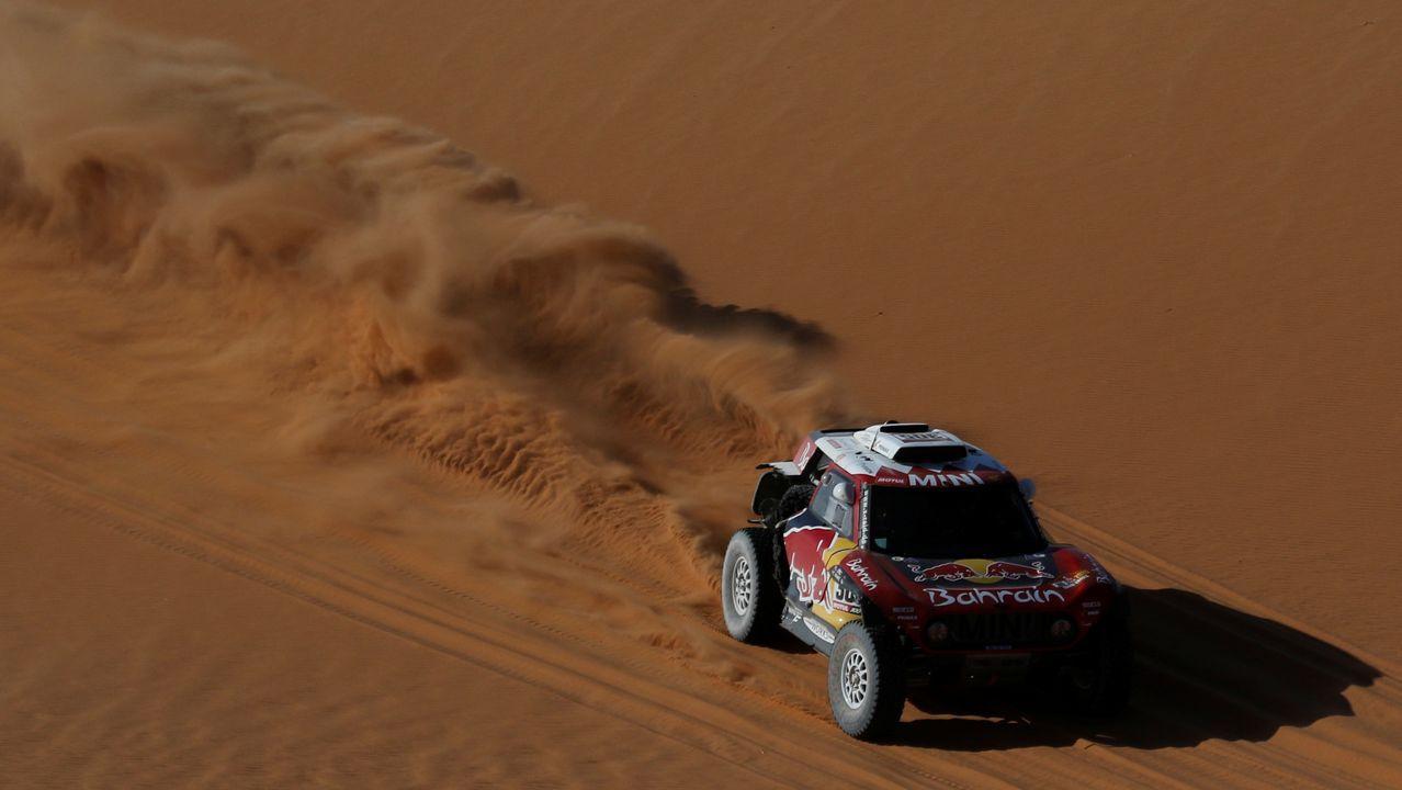 Probamos el Lexus ES 300h Executive.Fernando Alonso, en el Dakar