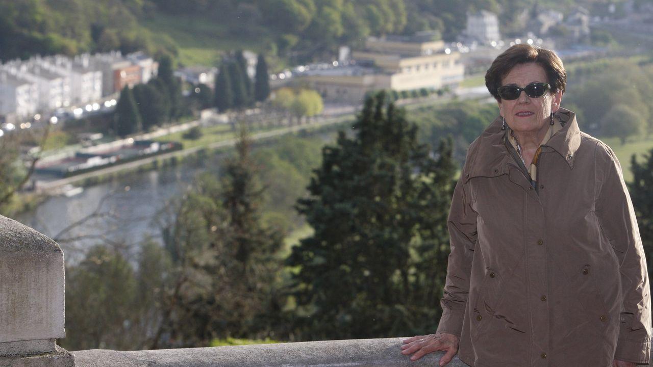 El pregón de San Froilán en imágenes.Tonia Gay, no mirador do Miño na Volta da Viña