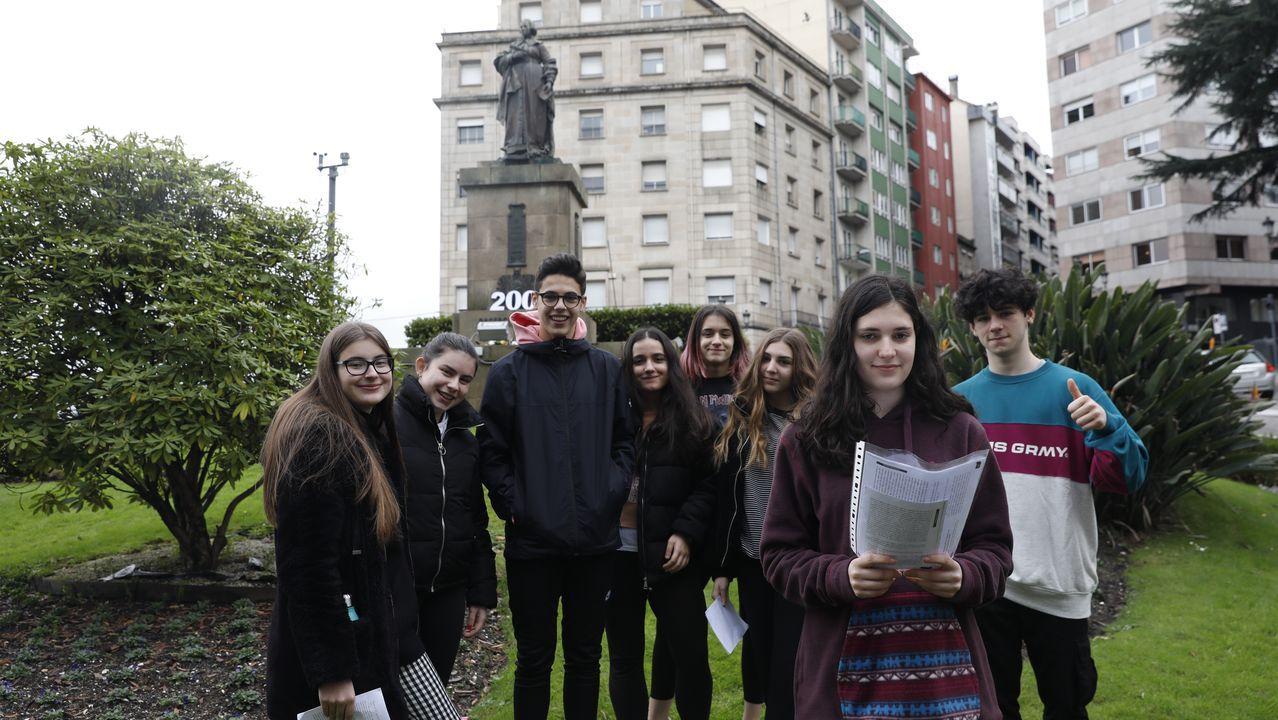 La ciudad homenajea a Concepción Arenal.Acto simbólico de hermanamiento de las localidades de Tui y Valença celebrado con motivo del 125.º aniversario del emblemático puente sobre el río Miño
