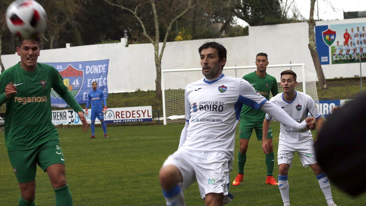 Partido de fútbol entre Boiro y Rácing de Ferrol