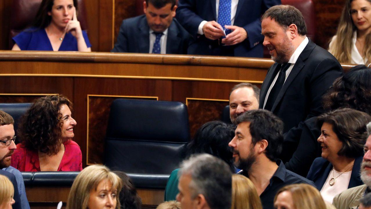 Oriol Junqueras se dirige a un escaño