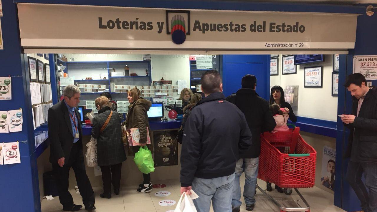 Administración de Lotería Alcampo de Coia, donde se repartió un quinto premio