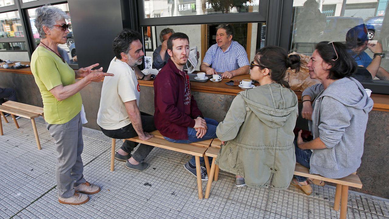Así fue la jornada de reflexión de los candidatos a la alcaldía de Pontevedra.Imagen de un acto de campaña en las pasadas generales