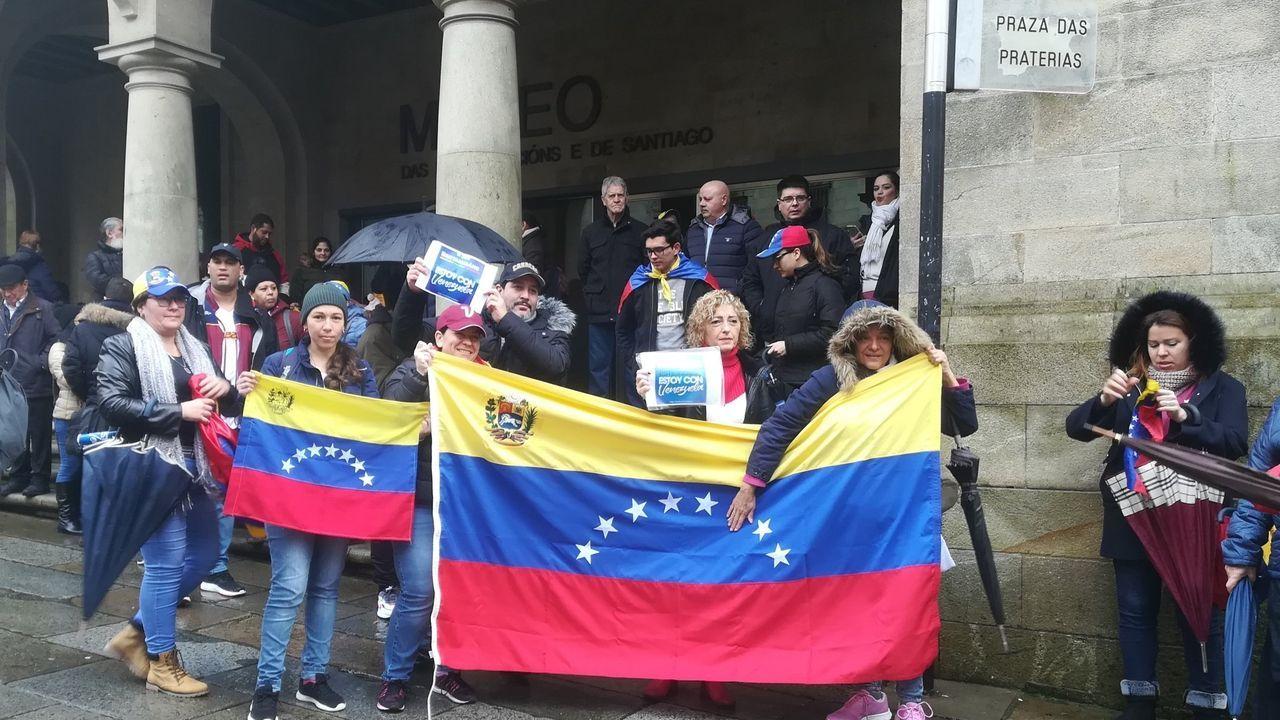 Concentración de venezolanos en Santiago de Compostela