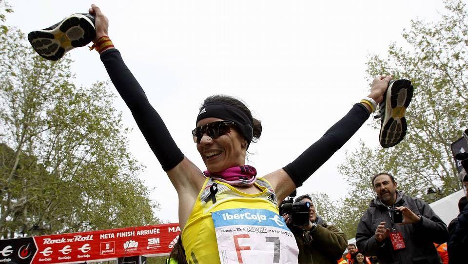 Dos jóvenes de origen kazajo y otro estadounidense.Vanessa Veiga celebra su victoria.
