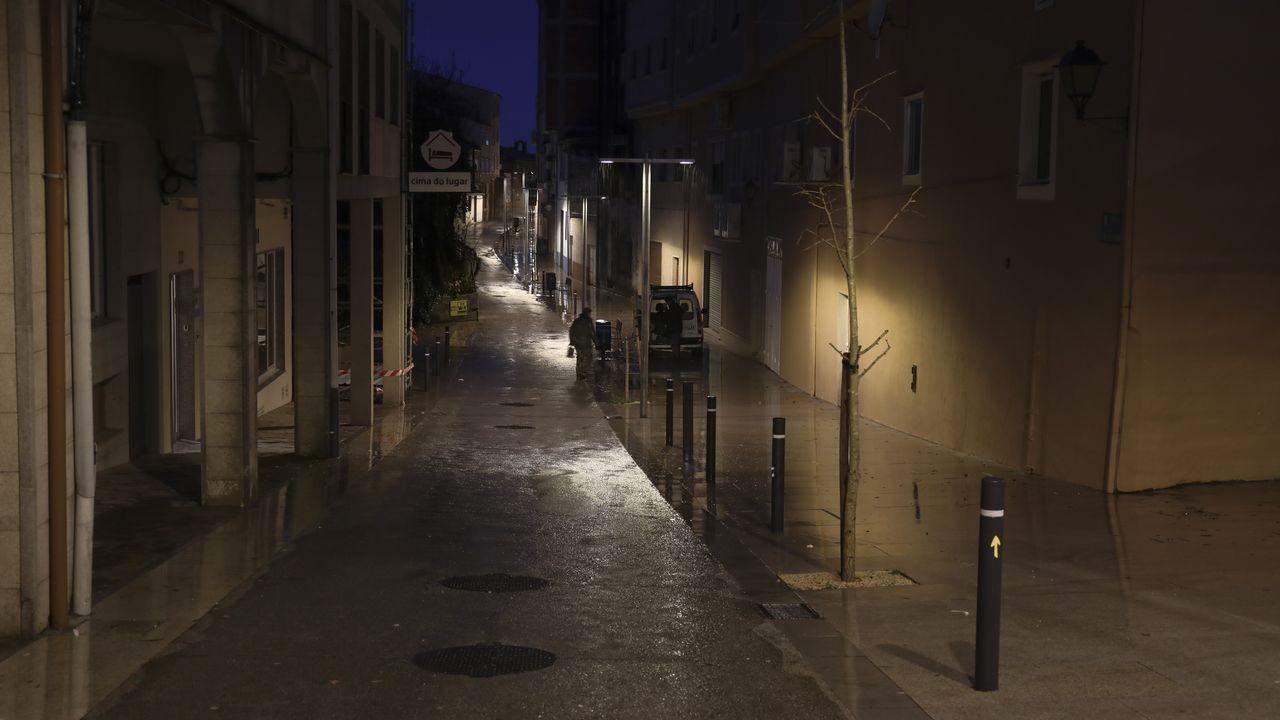 Arzúa - Doscientas farolas públicas alumbran a los cerca de seis mil habitantes registrados en este municipio coruñés