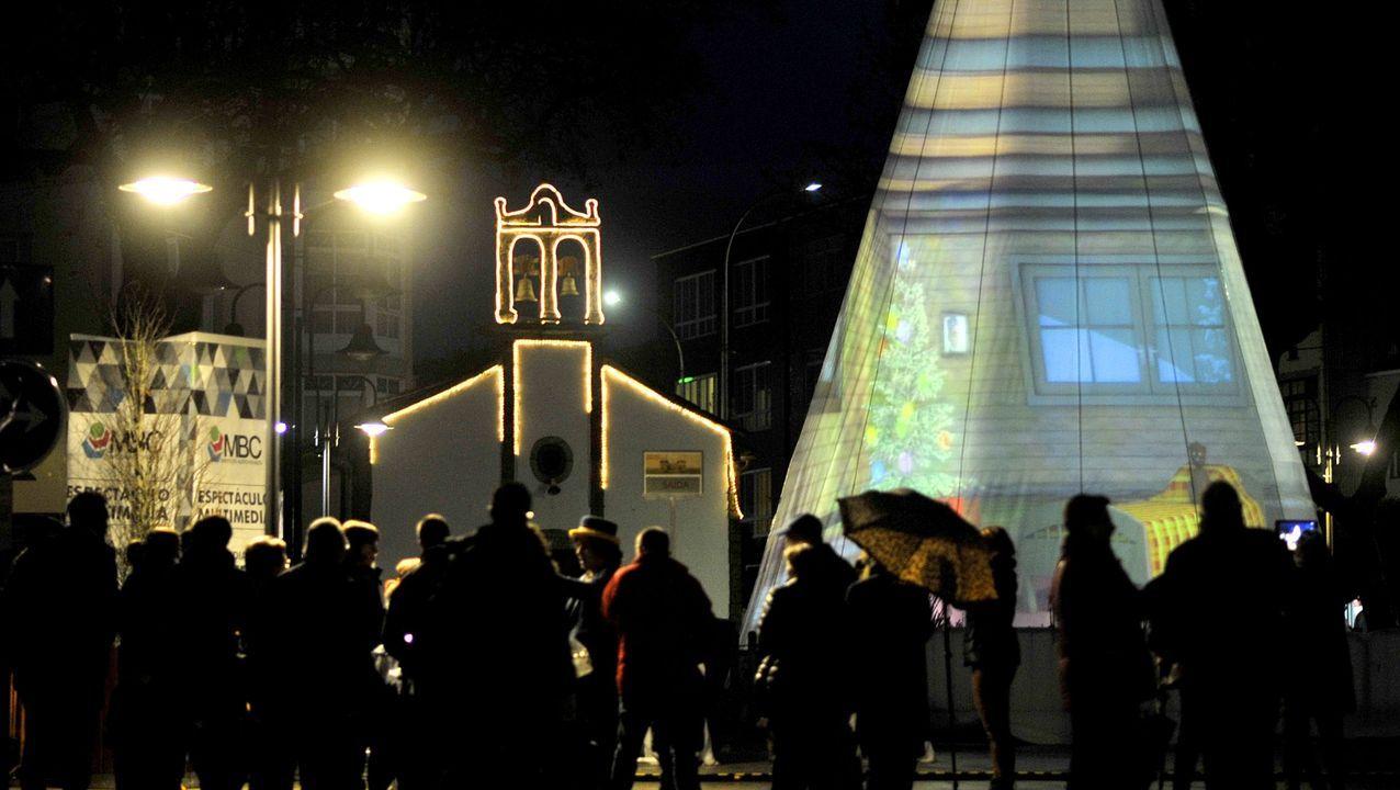 Imagen de archivo de un encendido navideño en Ferrol