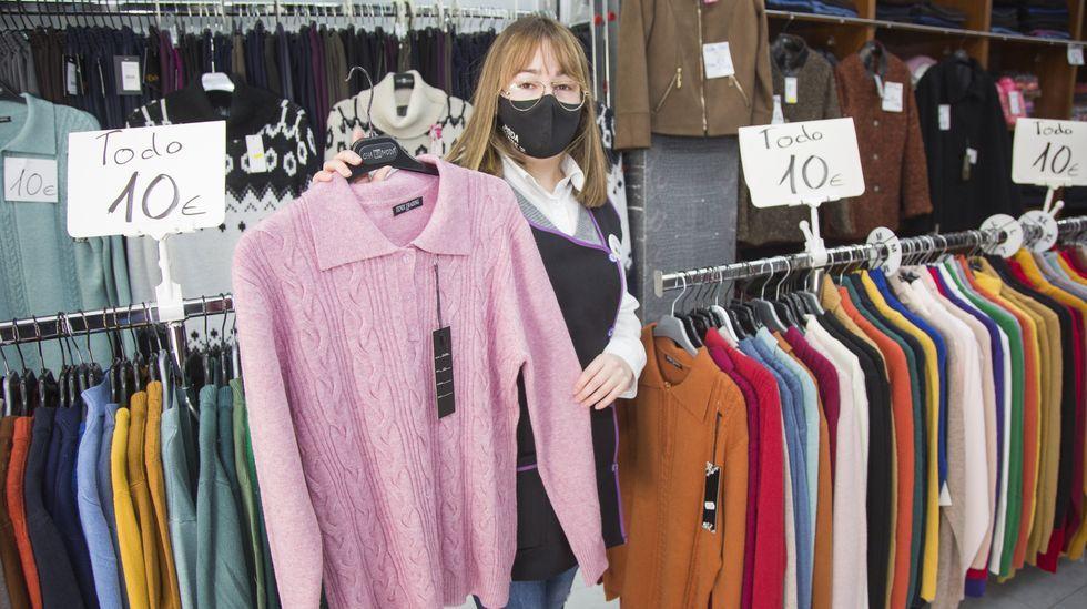 Modas Suárez, en Carballo, uno de los comercios participantes