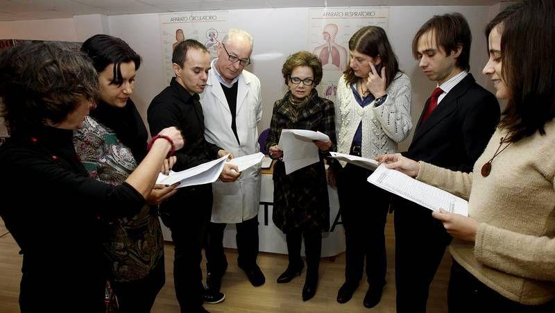 Los implicados, escoltados por la policía, en la vista por conformidad en la Audiencia en Vigo