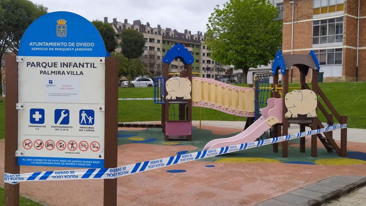 El padre Ángel y la ruta del agradecimiento.Un parque infantil cerrado en Oviedo