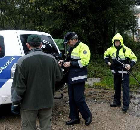 Cinco lugares en Galicia en los que entrar en contacto con los animales.Los veterinarios del zoo temieron por el contagio de la tigresa que queda sana.