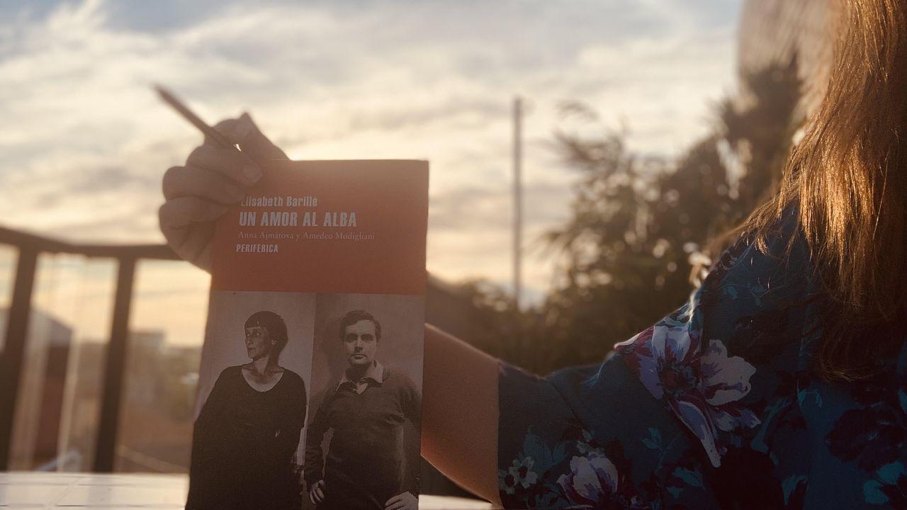 A investigadora Tarsy Carballas é unha das pioneiras que atopamos no libro «Tiven a chave, a bicicleta e os catro libros», de Xoana Pintos