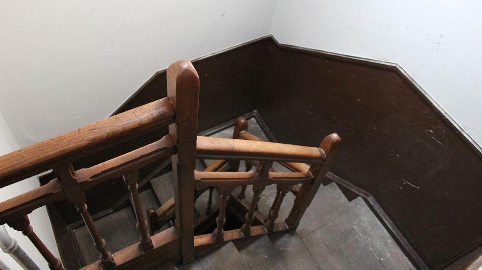 Un detalle de la escalera de servicio entre la segunda y la tercera planta