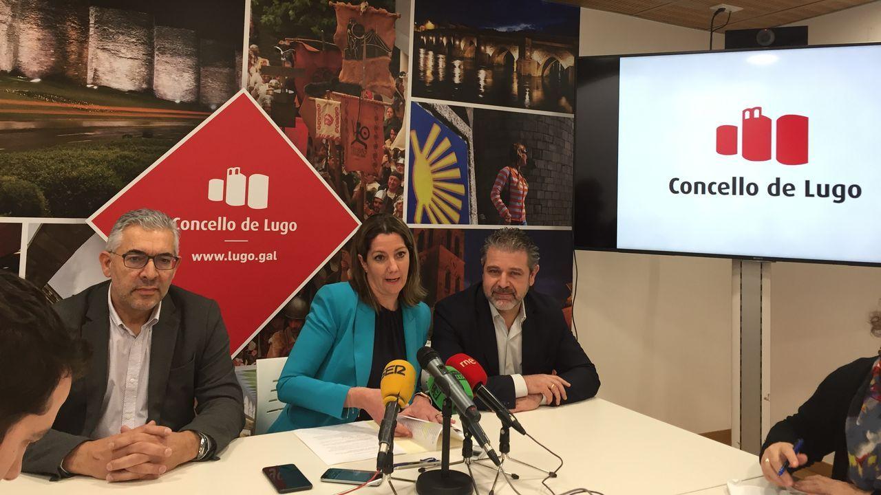 La alcaldesa de Lugo junto a los ediles Miguel Fernández y Miguel Couto