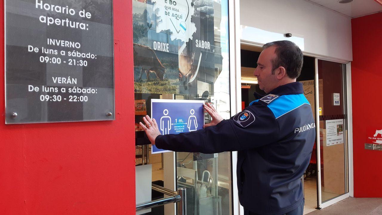 Autoescuela Logo, empieza a trabajar después del confinamiento.Primer dia de clases en el IES Perdouro, en Burela