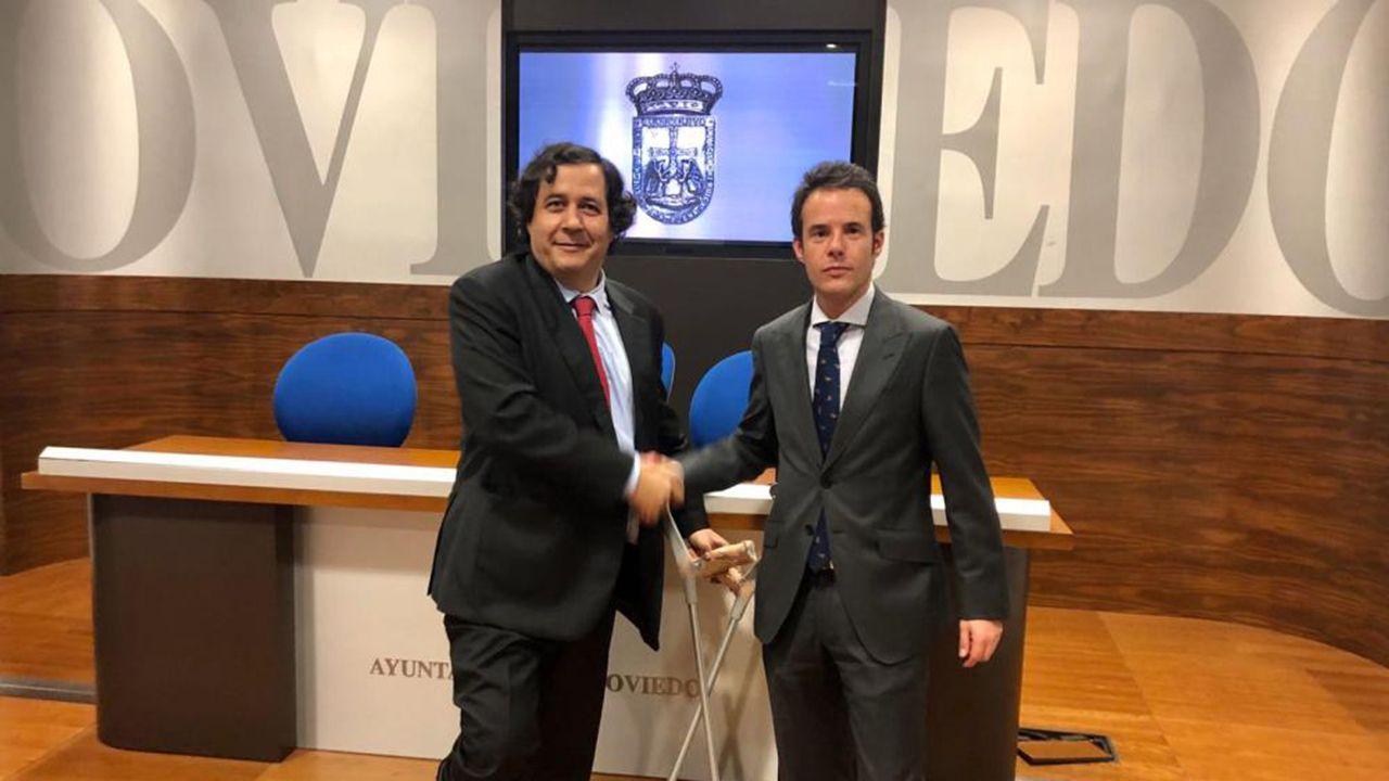 Ignacio Cuesta, concejal de Urbanismo del Ayuntamiento de Oviedo, yDavid Gistau, responsable de Bosque y Valle