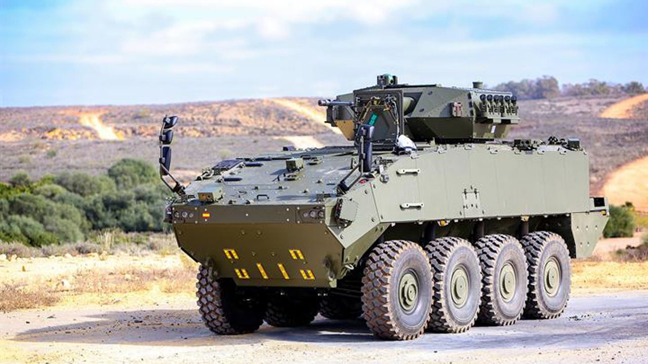 El Vehículo de Combate con Ruedas (VCR) Dragón 8x8 en una de sus versiones, fabricado en parte en Trubia (Oviedo)