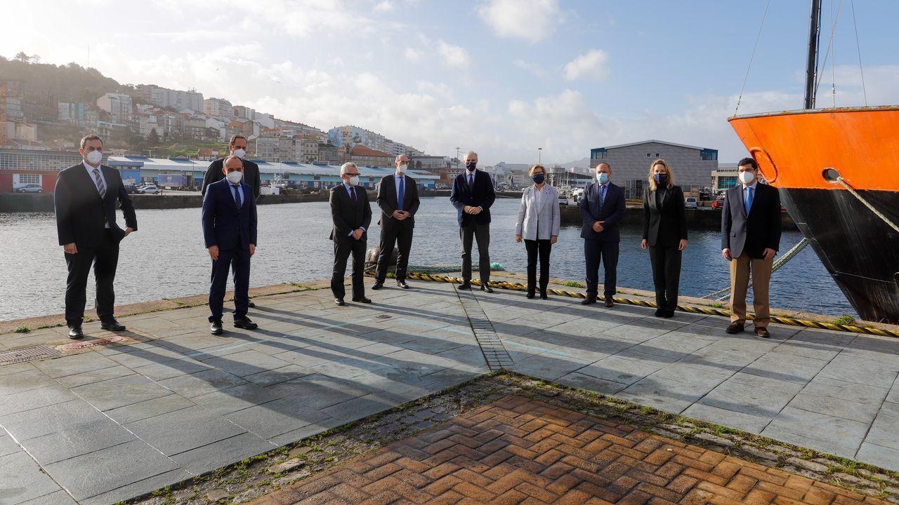 Pontevedra y O Salnés invitan a dar un paseo y descubrir sus lugares con encanto.Vista de la dársena de A Laxe, en la ría de Vigo, en una foto de archivo