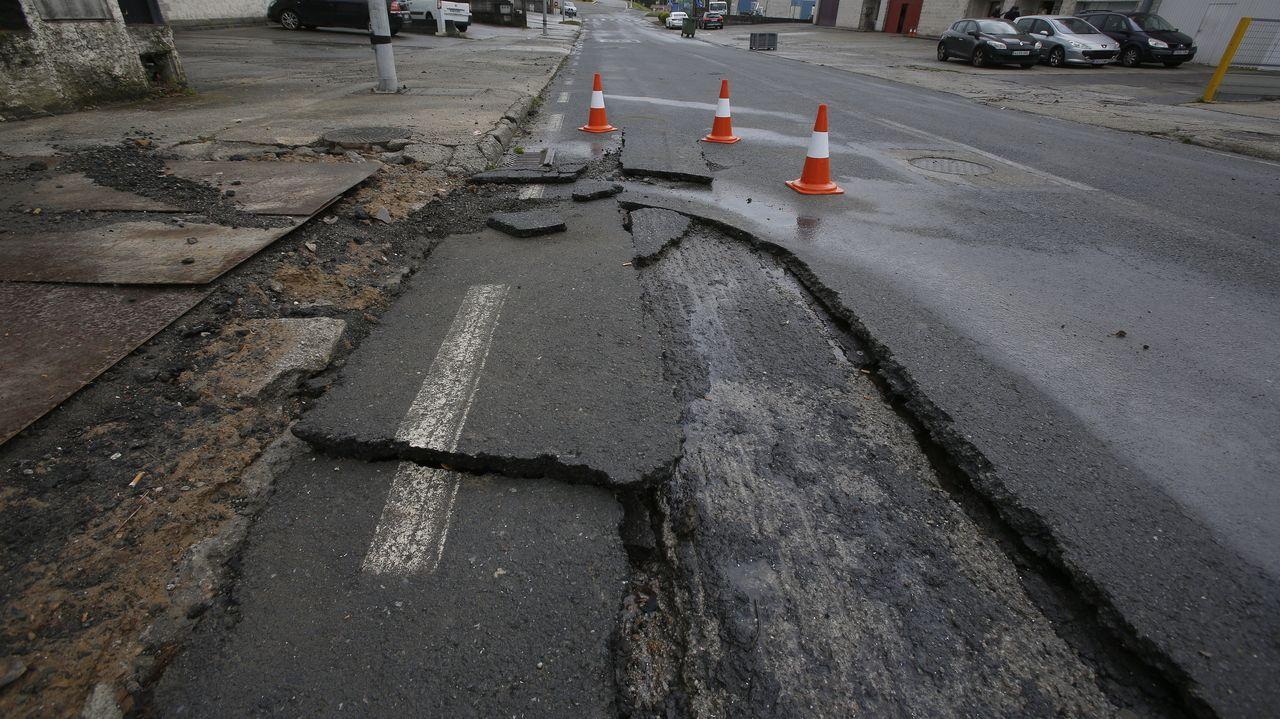 Desperfectos en el polígono de Bergondo tras la inundación