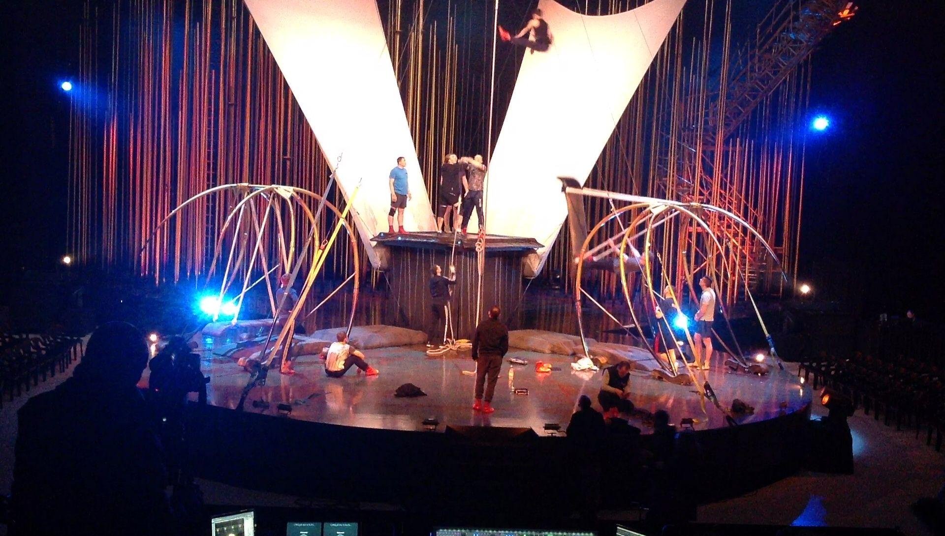 En las entrañas de «Varekai», el espectáculo con el que el Cirque du Soleil vuelve a Gijón