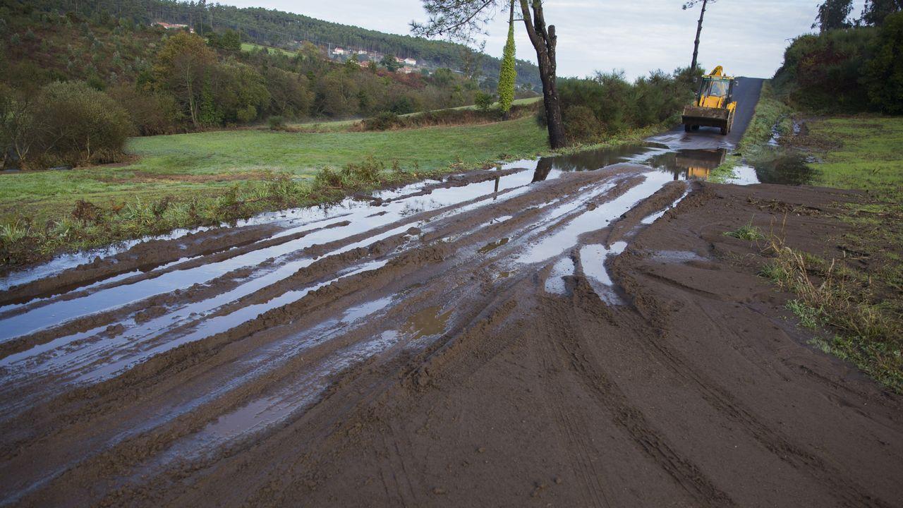 Puentes y carreteras muy dañadas en Muxia