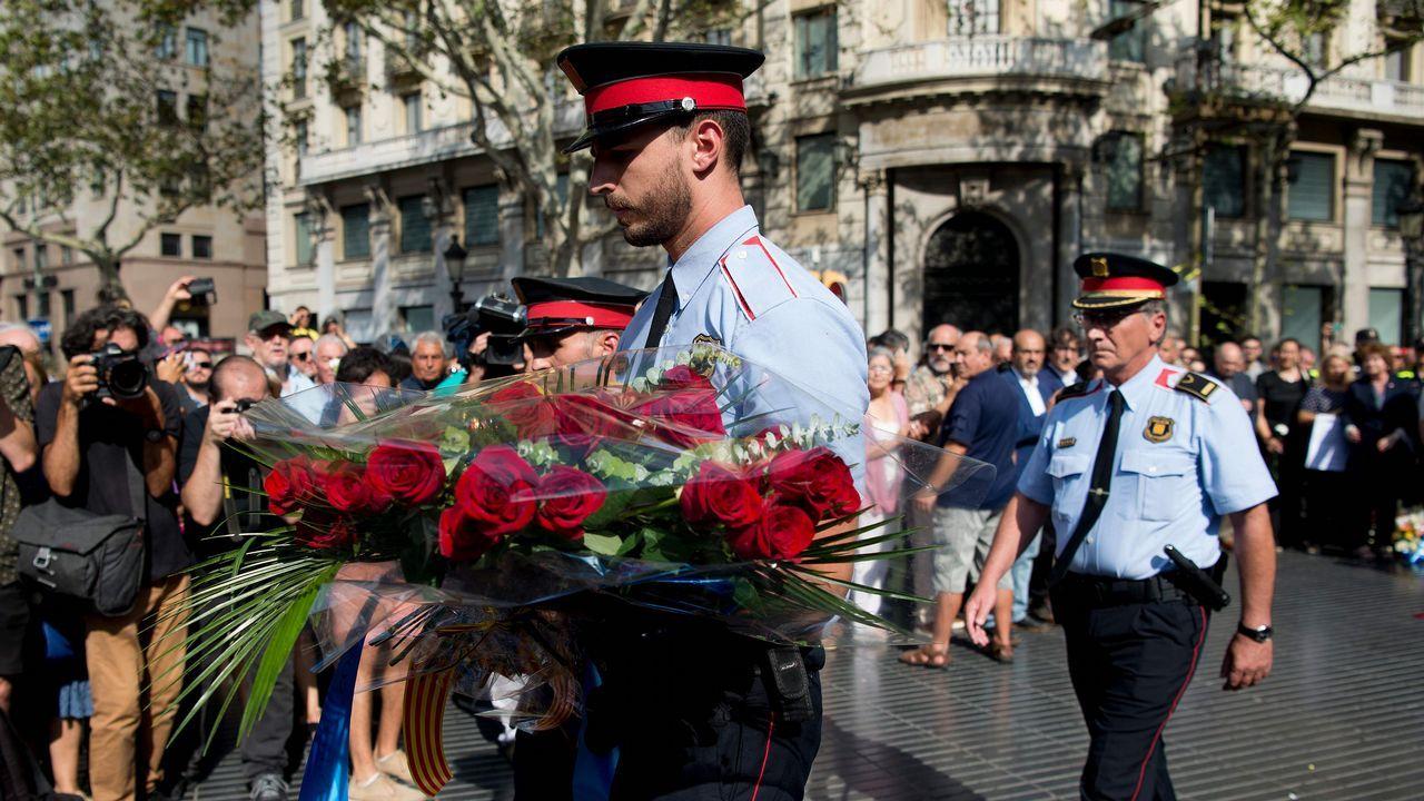 Testigos del atropello de La Rambla relatan lo vivido hace un año: «Todos recordamos aquel silencio».El pleno de la Junta General