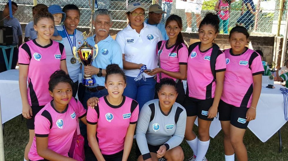 GRUPO CALVO. Equipo de fútbol femenino, nacido de las escuelas de fútbol Luis Calvo Sanz en La Unión (El Salvador).