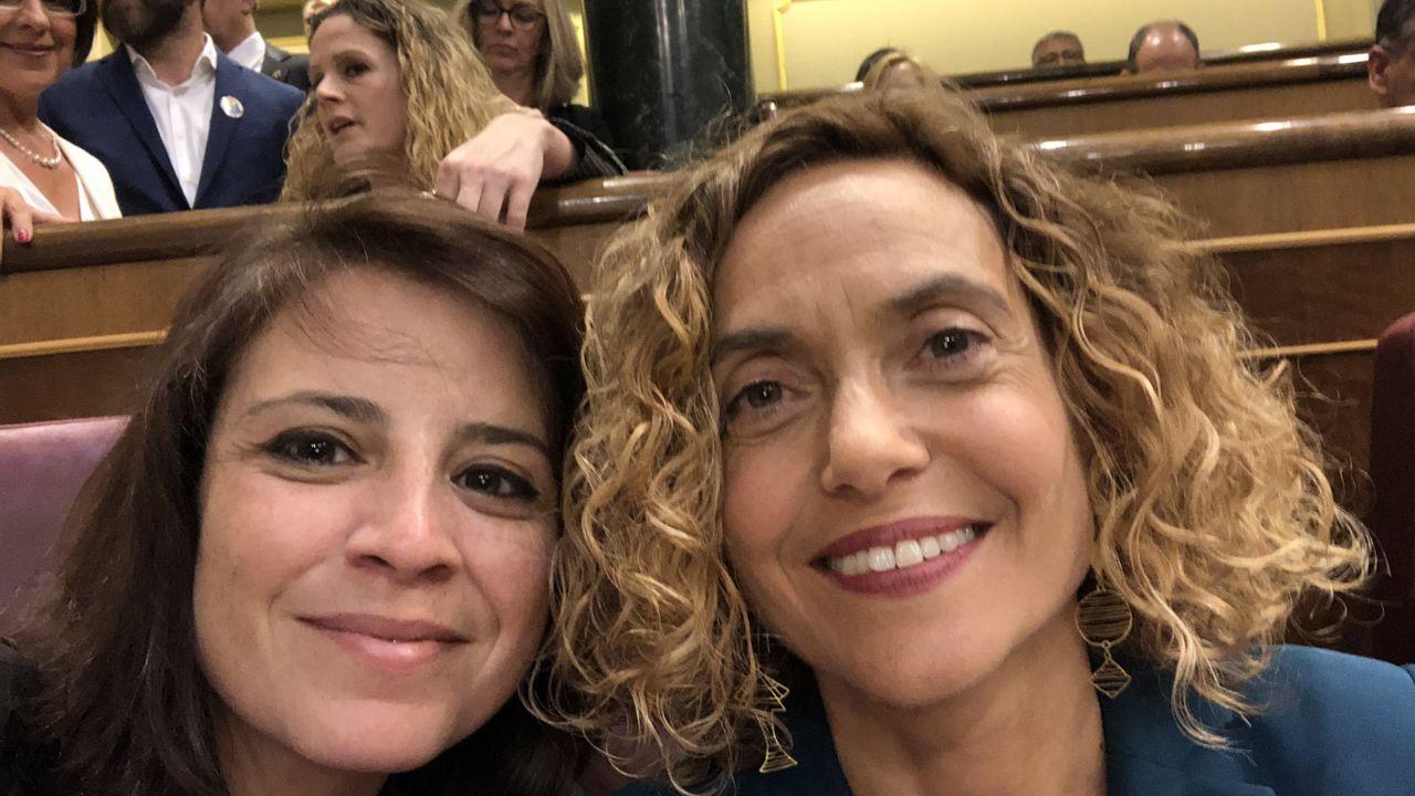 Adriana Lastra junto a Meritxell Batet