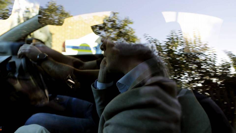 Oscar Pistorius llega en coche al Hospital de Weskoppies donde será sometido a un examen psiquiátrico