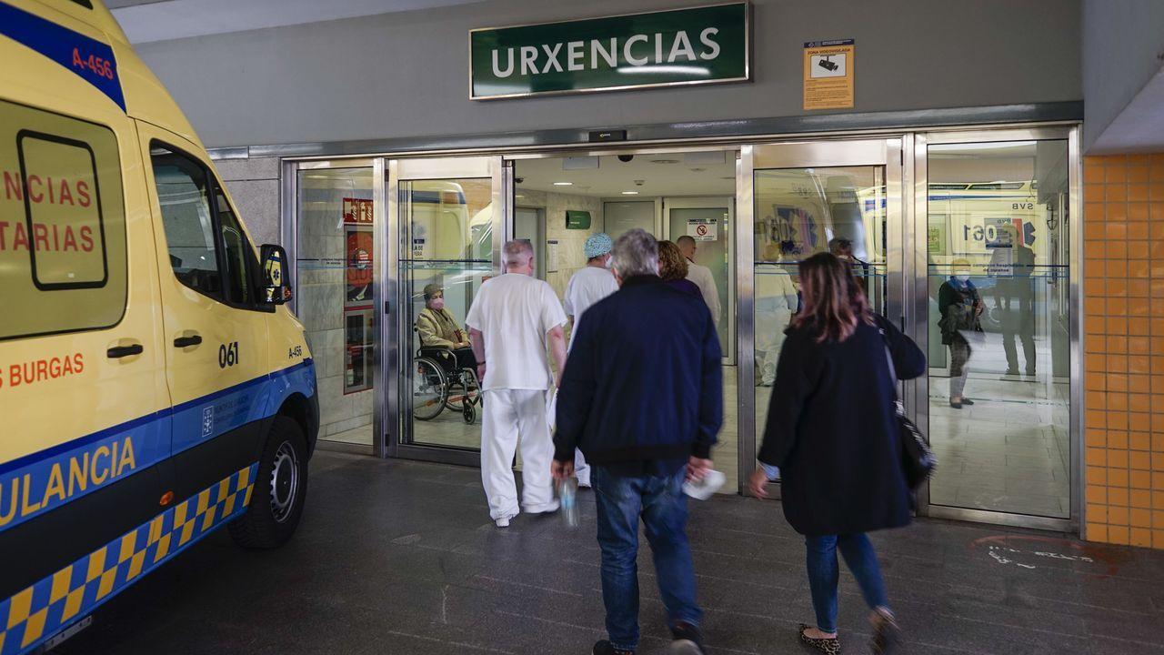Entramos en el nuevo laboratorio del CHUO.Siete mayores fueron derivados a Urgencias del CHUO, donde 6 siguen ingresados