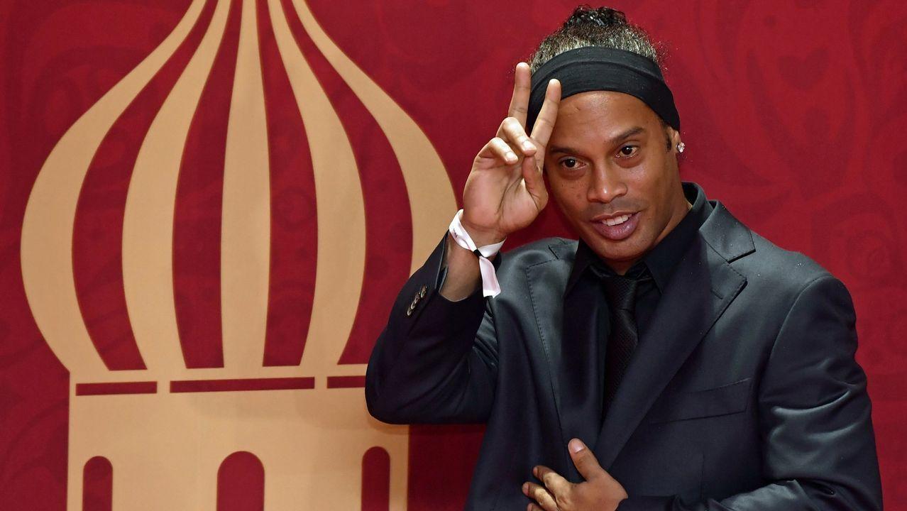 Las mejores imágenes de losPremios Deporte Galego 2016.Ronaldinho en el sorteo del Mundial en Rusia