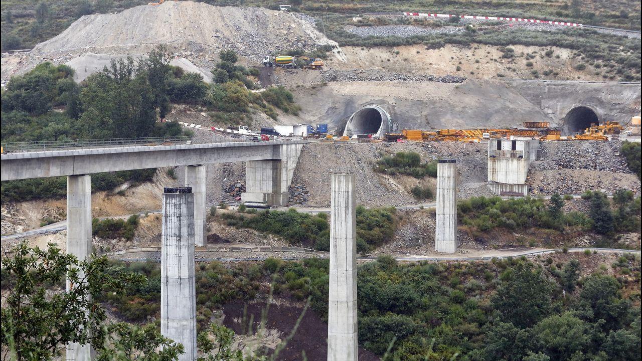 El viaducto del Tuela solo tiene un tablero construido. El paralelo se deja para una segunda fase