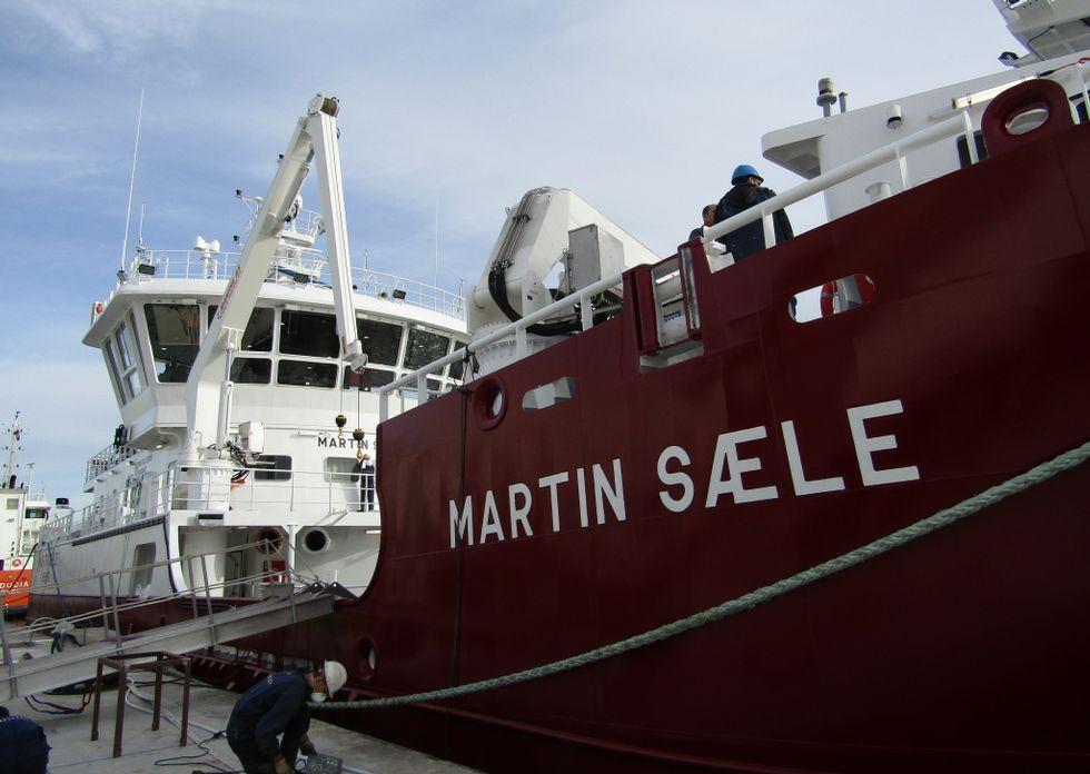 El catamarán Pirata de Canexol, botado por Gondan.El remolcador de propulsión dual de Gondán