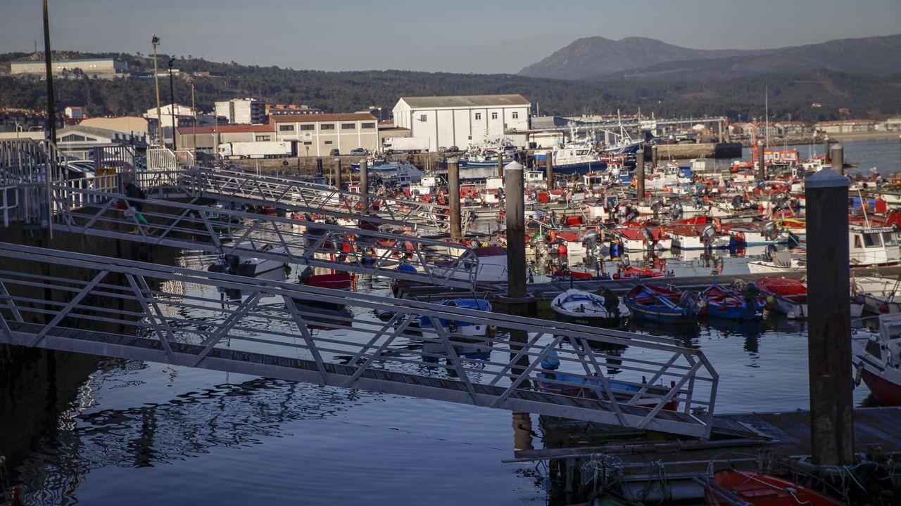 Chequeo en el puerto de Portosín
