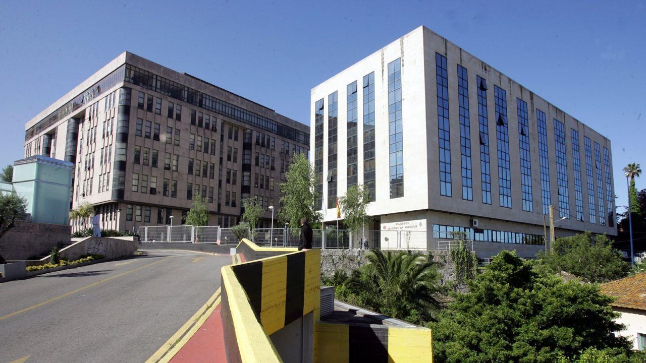 El inglés «top» de Caballero: «Very welcome everybody here».Centro de logística de la Amazon en Dortmund, Alemania