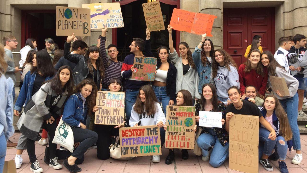 Manifestación de los jóvenes ourensanos contra el cambio climático