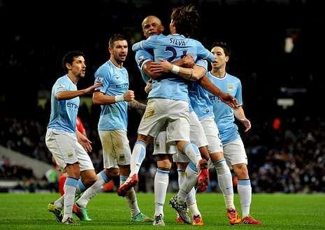 Todos los goles de la jornada de la Premier League.El Manchester City podría colocarse líder provisional.