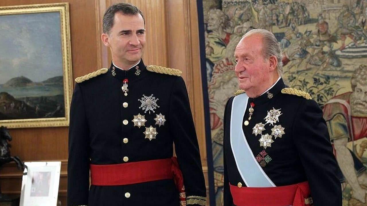 Alfonso XIII, abajo a la izquierda, junto a otros reyes europeos en el funeral de Eduardo VII de Inglaterra
