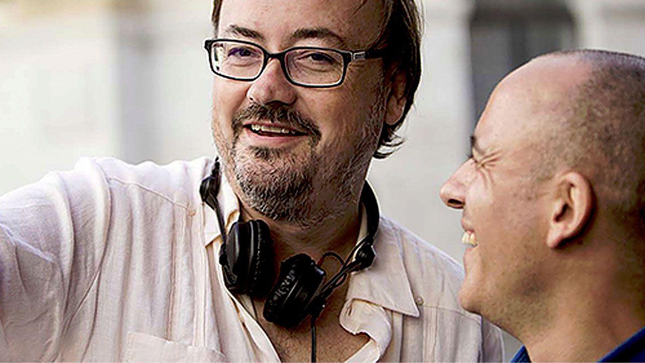 Manuel Martín Cuenca, junto a Javier Gutiérrez