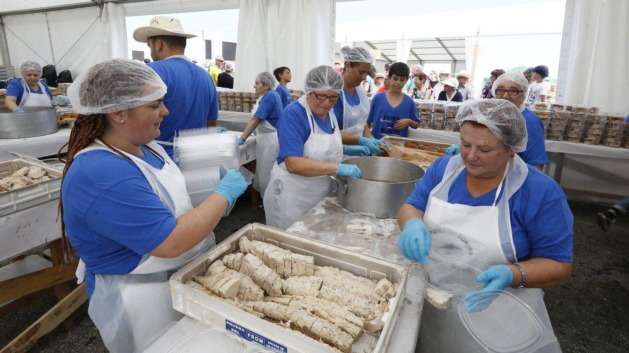 Imagen del año pasado de la Feira do Bonito de Burela que este año no puede celebrarse por el covid