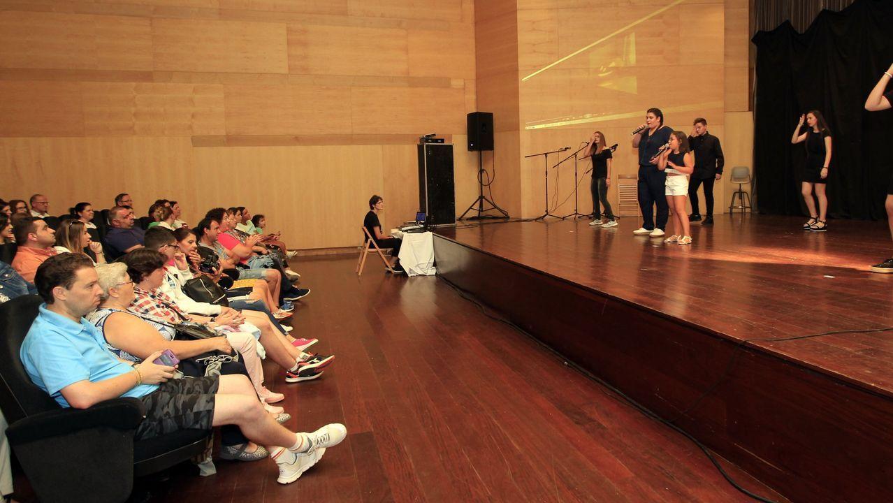 La película «Arima» de Jaione Camborda se estrenó en Mondoñedo.Felipe VI, en una imagen durante su visita al Arsenal de Ferrol en noviembre del 2016